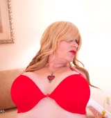 Raven roxx is hot fucked exciting and in red.